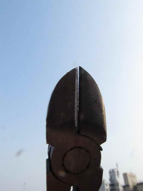 ニッパーの刃