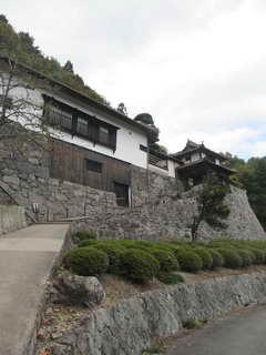 旧広兼邸の門構え