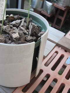 堅紙の鉢カバー